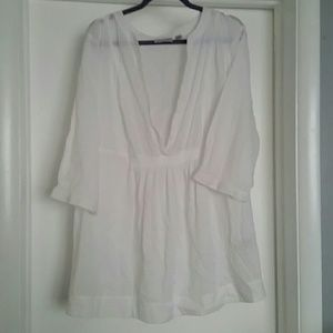 White low V-Neck blouse